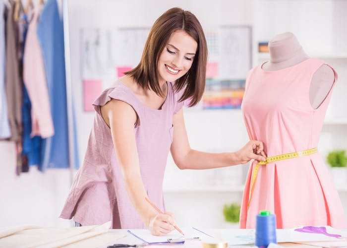 What Should I Study to Become a Fashion Designer ...