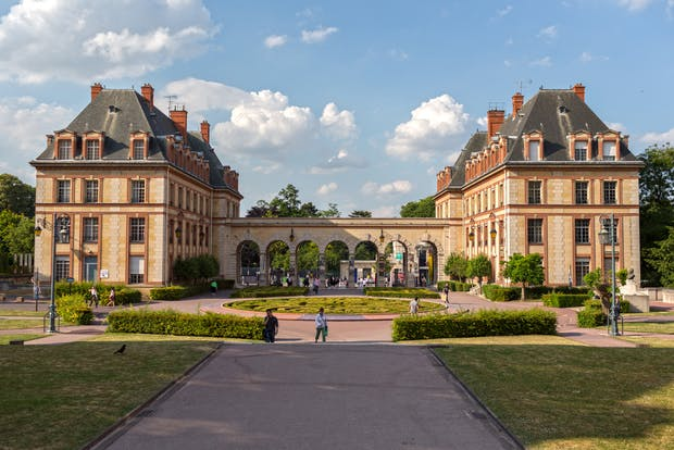 Study Abroad - France - Undergraduate - Business ...